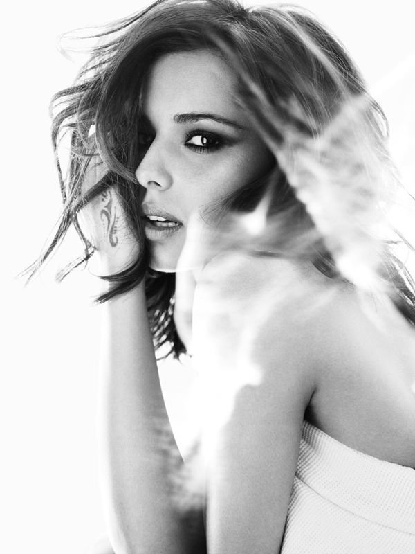 WTFSG_cheryl-cole-harpers-bazaar-uk-june-2010_5