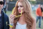 WTFSG- Lindsay Lohan - Hipster