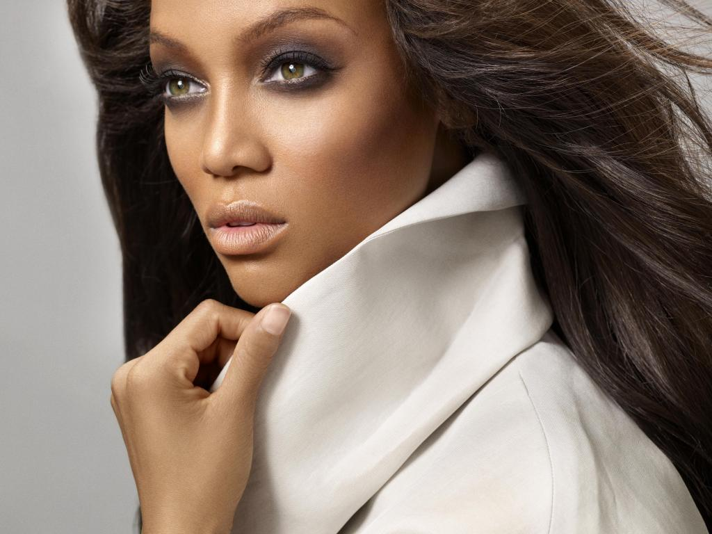 Banks tyra smizing pictures