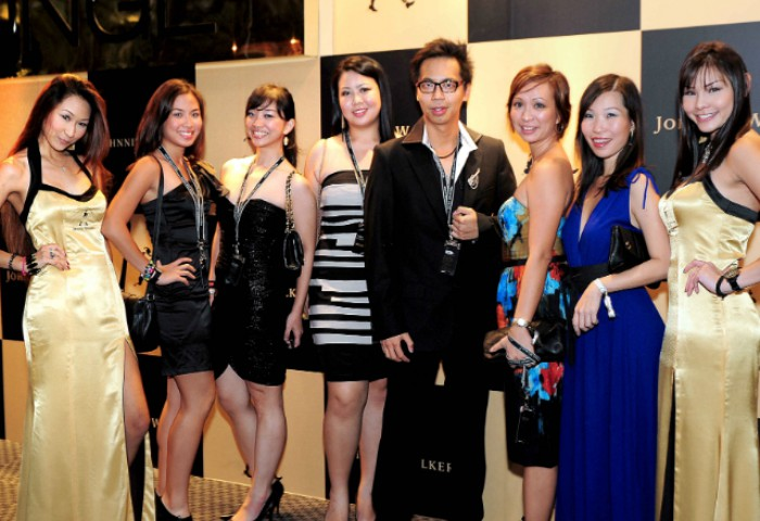 WTFSG_johnnie-walker-circuit-lounge-f1-party-2012_Emily-Teng_Charmaine-Phua_Young-Leong_Shareen-Wong