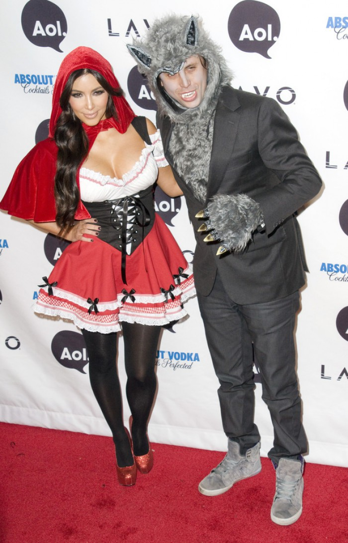 WTFSG_celebrity-halloween-costumes-2012_kim_kardashian_red-riding-hood