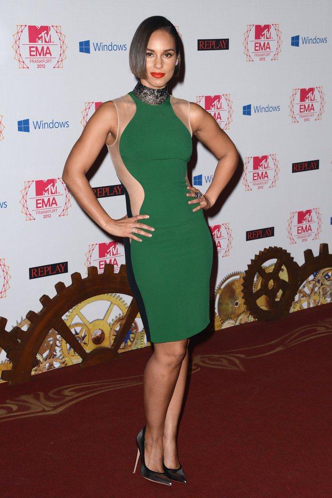 WTFSG_2012-MTV-Europe-Music-Awards-Red-Carpet_Alicia-Keys
