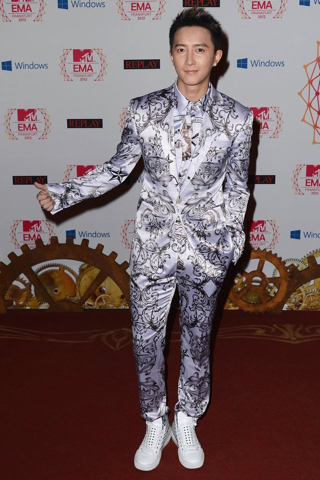 WTFSG_2012-MTV-Europe-Music-Awards-Red-Carpet_Han-Geng