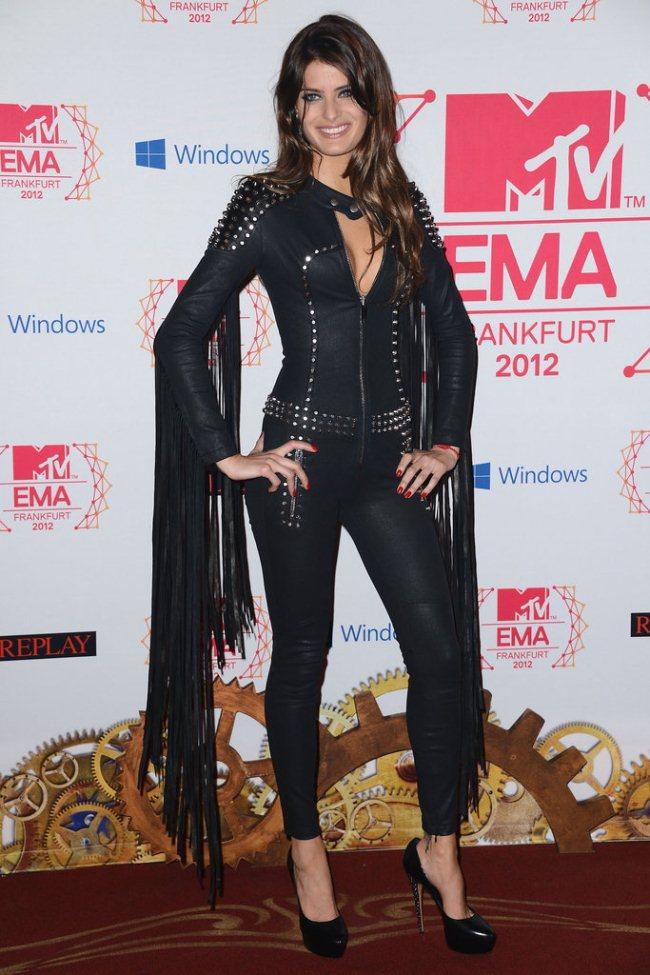 WTFSG_2012-MTV-Europe-Music-Awards-Red-Carpet_Isabeli-Fontana
