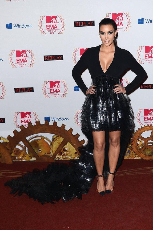 WTFSG_2012-MTV-Europe-Music-Awards-Red-Carpet_Kim-Kardashian