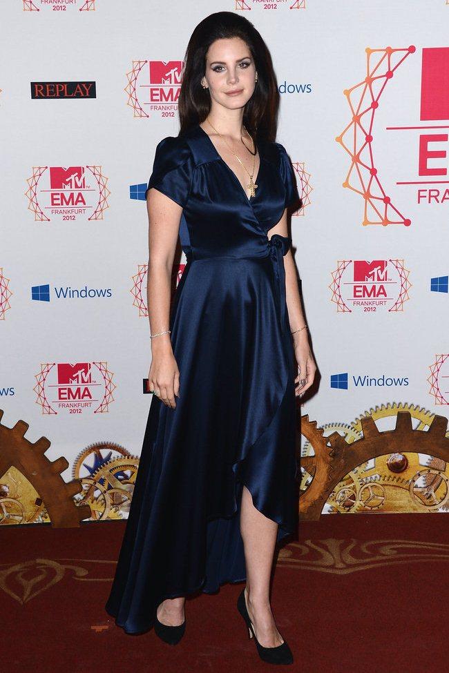 WTFSG_2012-MTV-Europe-Music-Awards-Red-Carpet_Lana-Del-Rey