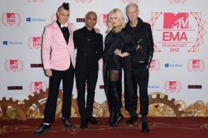 WTFSG_2012-MTV-Europe-Music-Awards-Red-Carpet_No-Doubt