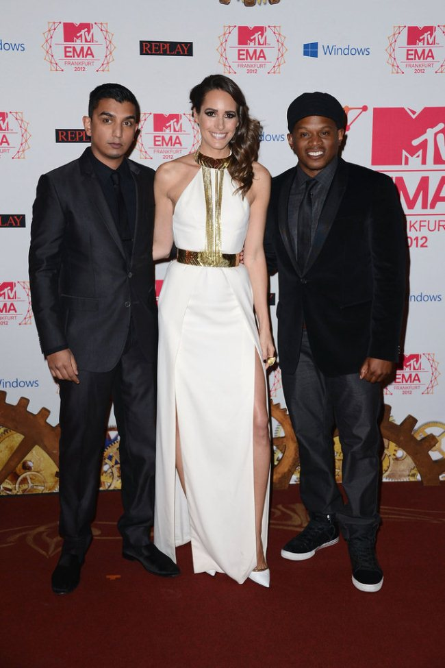 WTFSG_2012-MTV-Europe-Music-Awards-Red-Carpet_Tim-Kash_Louise-Roe_Sway