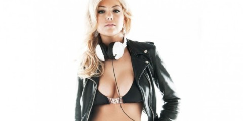 WTFSG-Behind-the-Scenes-Kate-Upton-Skullcandy