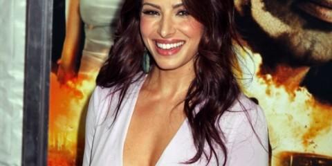 WTFSG-Sexy-Sarah-Shahi