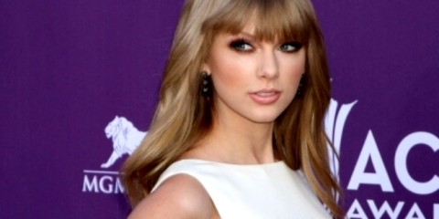 WTFSG-taylor-swift-academy-of-country-music-awards