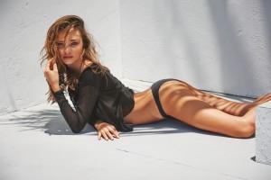 WTFSG-Miranda-Kerr-NET-A-PORTER-The-Edit-5
