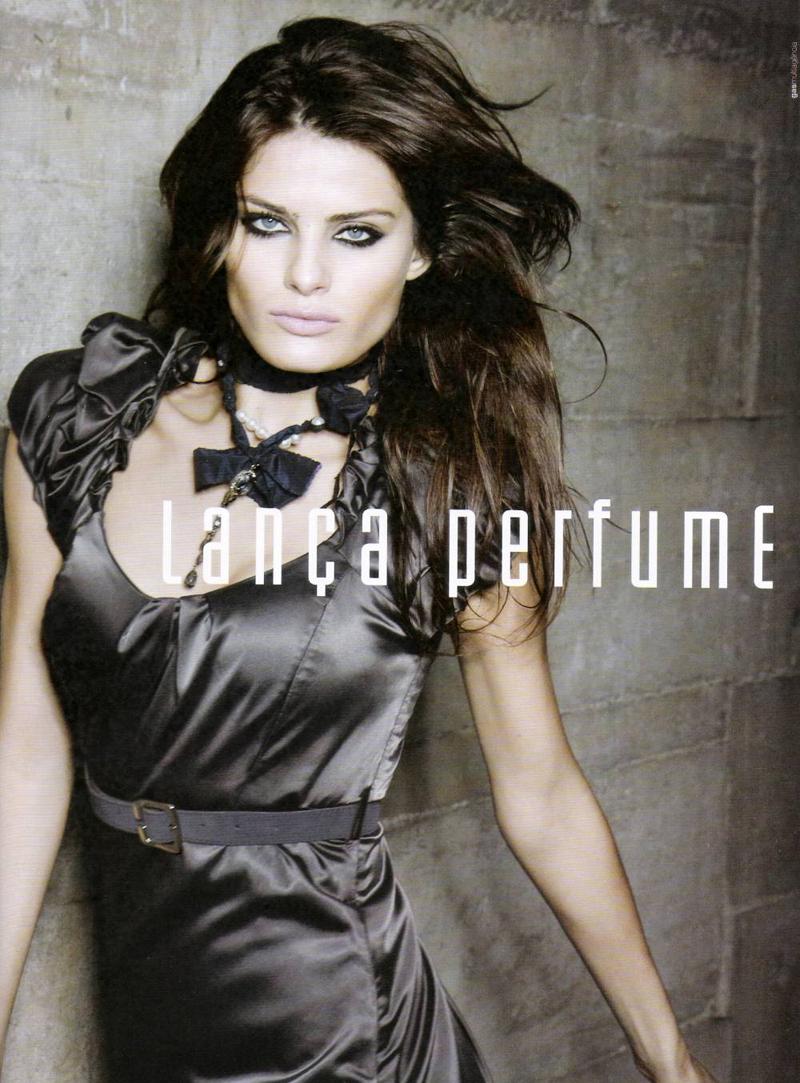 WTFSG-lanca-perfume-fw-2009-3