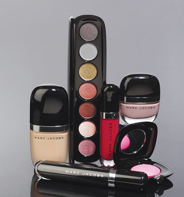 WTFSG-marc-jacobs-steps-into-beauty