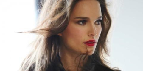 WTFSG-natalie-portman-rouge-dior-lipstick