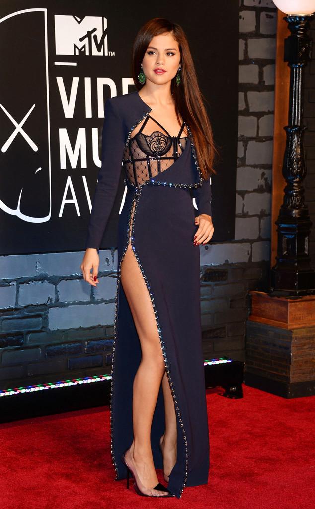 WTFSG-2013-MTV-Video-Music-Awards-Selena-Gomez