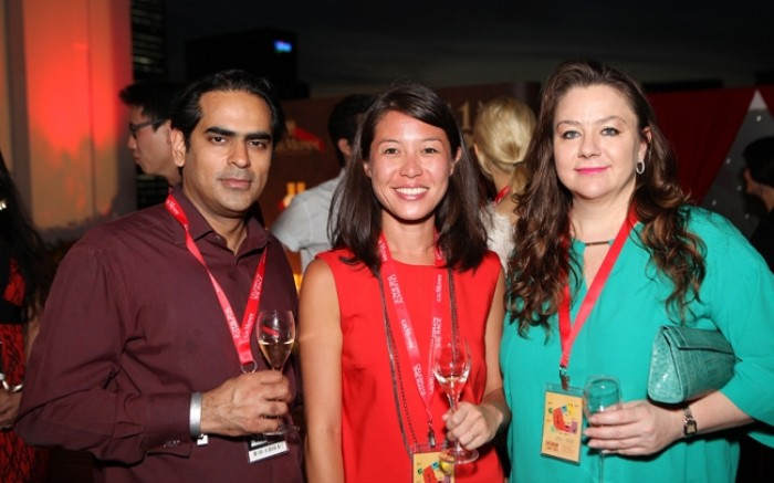 WTFSG_singtel-singapore-grand-prix-2013_Gaurav-Kripalani_Caroline-Tran_Elena-Iwatake
