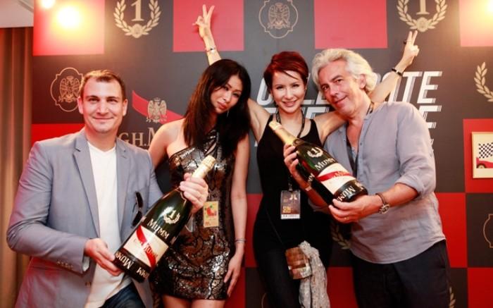 WTFSG_singtel-singapore-grand-prix-2013_Laurent-Chevalley_Jeannette-Tan_Celina-Lin_Olivier-Gougeon