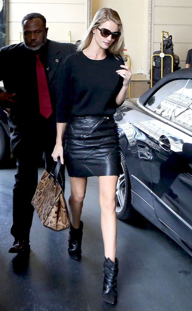 WTFSG-Rosie-Huntington-Whiteley-pfw
