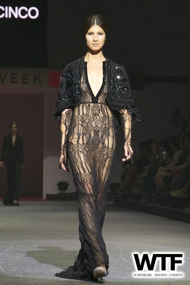 WTFSG-michael-cinco-fide-fashion-week-2013-11