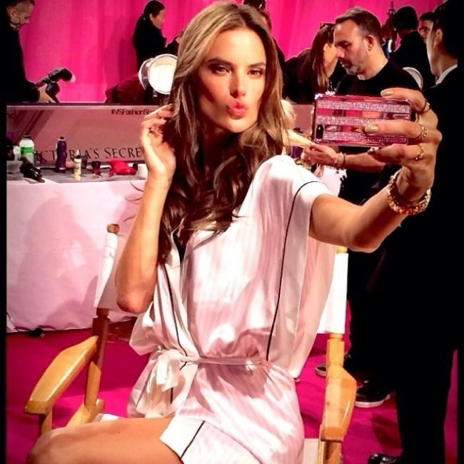 WTFSG-Best-Model-Selfies-Alessandra-Ambrosio
