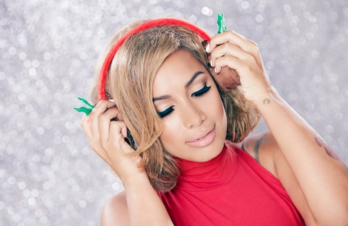 WTFSG-Leona-Lewis-Christmas-With-Love-One-More-Sleep-2