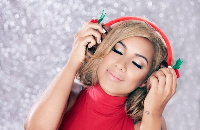 WTFSG-Leona-Lewis-Christmas-With-Love-One-More-Sleep-3
