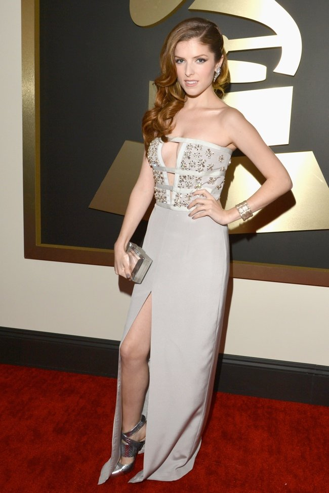 WTFSG-2014-grammy-awards-red-carpet-anna-kendrick