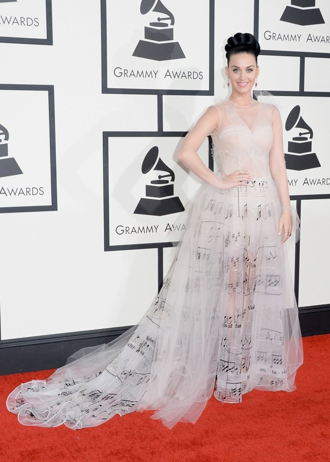 WTFSG-2014-grammy-awards-red-carpet-katy-perry