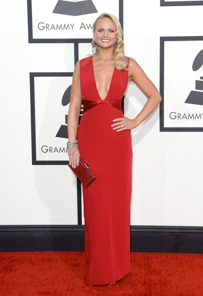WTFSG-2014-grammy-awards-red-carpet-miranda-lambert