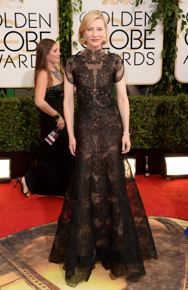 WTFSG-Golden-Globes-Cate-Blanchett-Armani-Prive