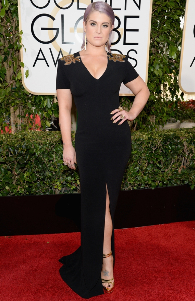 WTFSG-Golden-Globes-Kelly-Osbourne-Escada