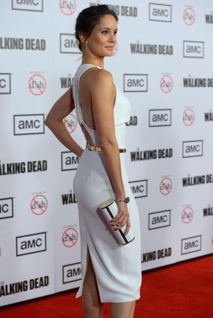 WTFSG-Sarah-Wayne-Callies-The-Walking-Dead-season-3-premiere-in-Universal-City-2