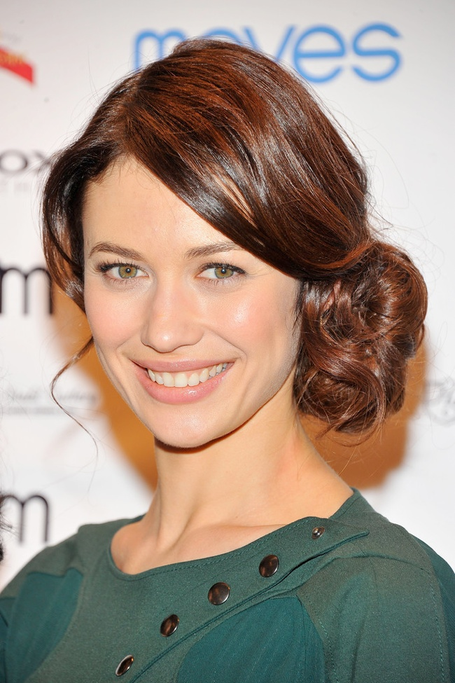 WTFSG-Wedding-Hairstyle-Inspiration-Olga-Kurylenko