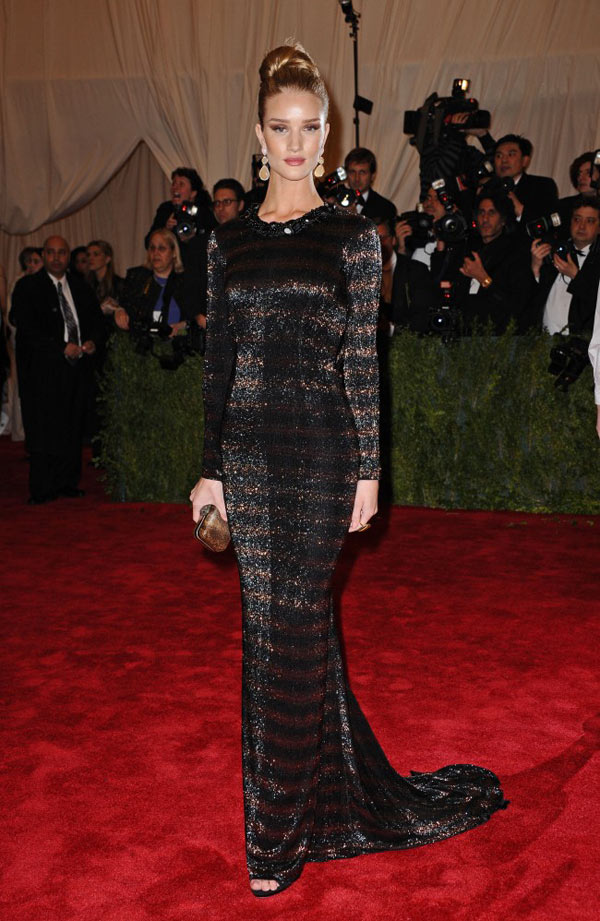 WTFSG-met-gala-2012-Rosie-Huntington-Whiteley