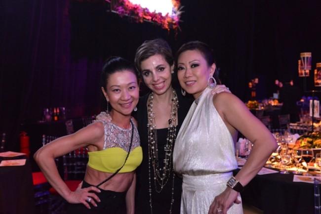 WTFSG_fame-theatre-ball-SRT_Dana-Cheong_Olga-Iserlis_Ingrid-Prasatya