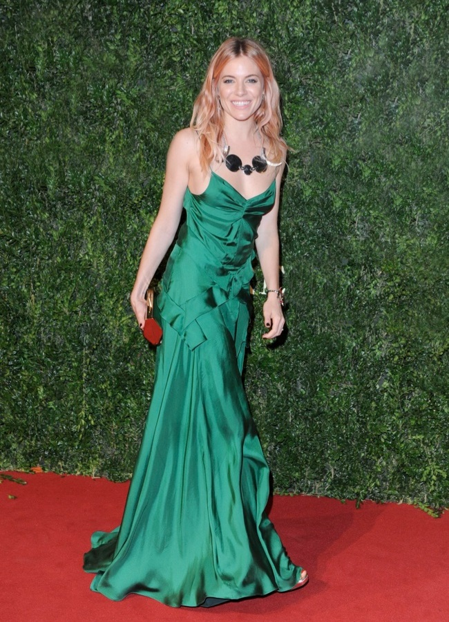 WTFSG-2013-british-fashion-awards-sienna-miller