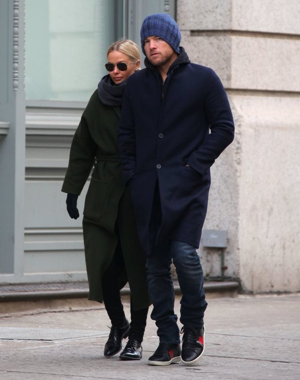 WTFSG-Lara-Bingle-Sam-Worthington-nyc-streets-February-2014-2