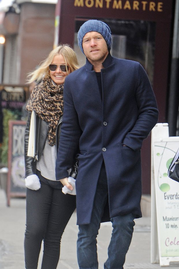 WTFSG-Lara-Bingle-Sam-Worthington-nyc-streets-February-2014