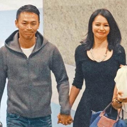 WTFSG-Vivian Hsu-Sean-Lee-Singapore-engaged