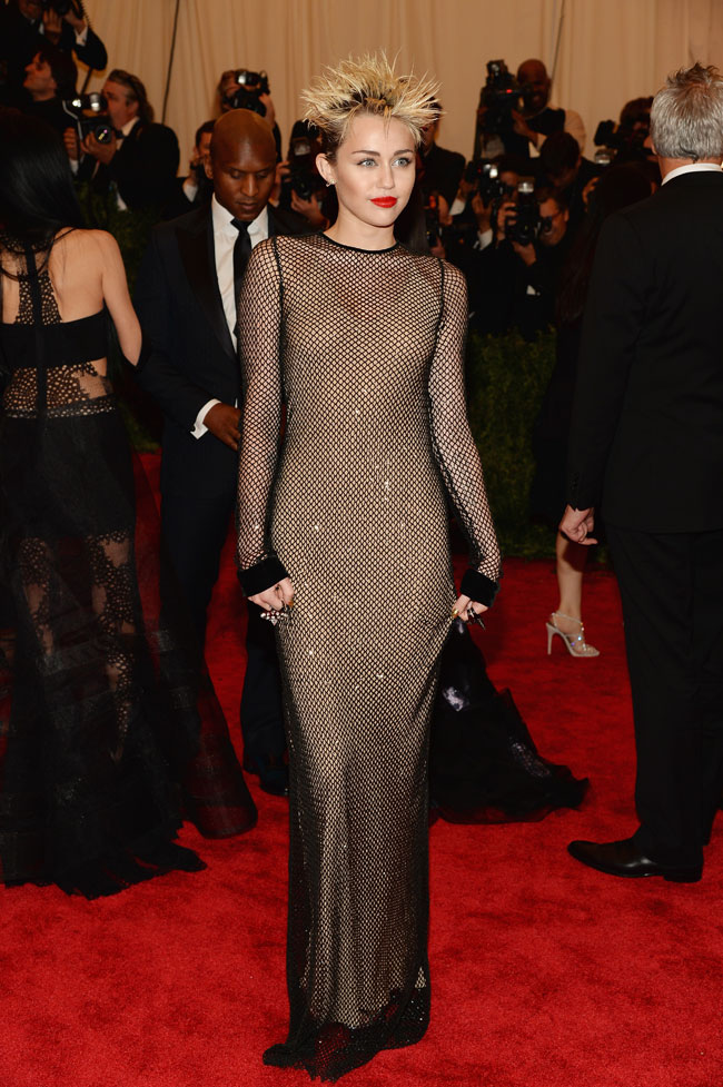 WTFSG-miley-cyrus-channels-punk-marc-jacobs-2013-met-gala-2