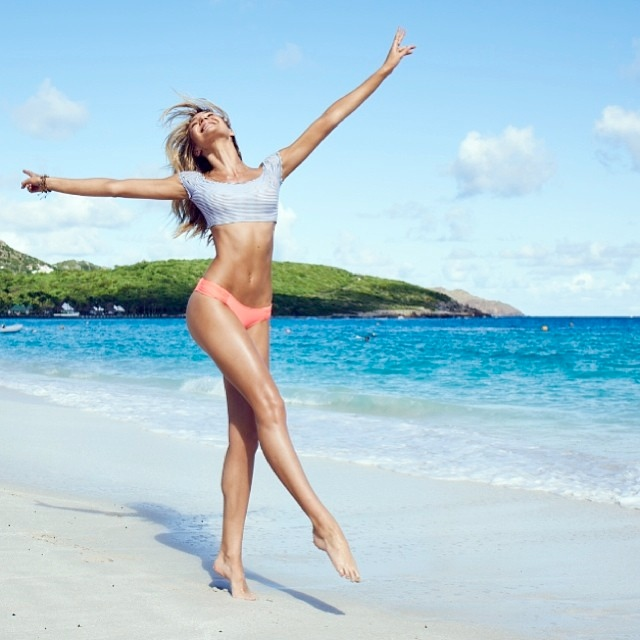 WTFSG-vs-swim-2014-candice-instagram-4