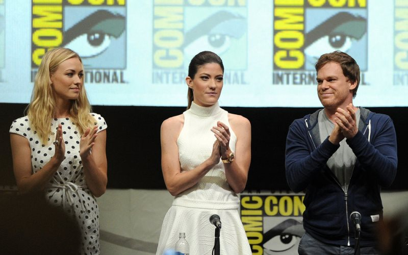 WTFSG-2013-comic-con-Yvonne-Strahovski-Jennifer-Carpenter-Michael-C-Hall