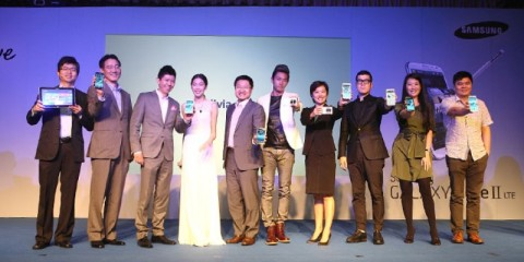 WTFSG-Samsung-ambassadors-Olivia-Ong-Desmond-Tan-GALAXY-Note-II-GALAXY-Camera-launch