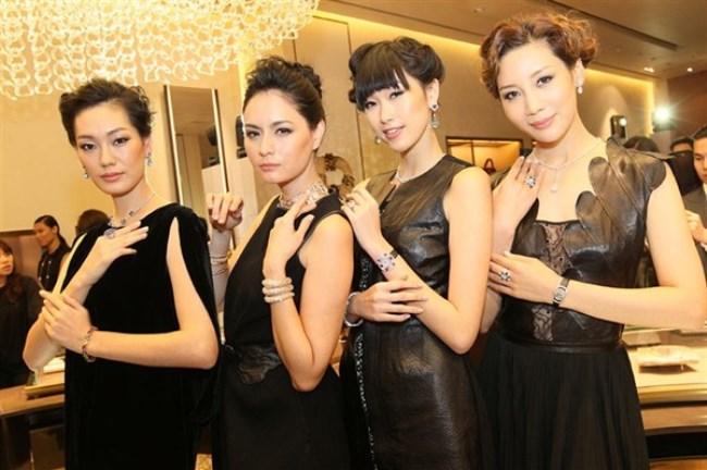 WTFSG-bulgari-reopens-takashimaya-singapore-flagship-Sonya-Park-Ana-R-Angie-Ng-Mikki-Yao