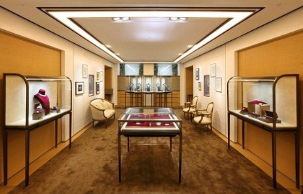 WTFSG-cartier-flagship-boutique-hong-kong-princes-building-display