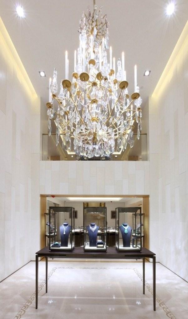 WTFSG-cartier-flagship-boutique-hong-kong-princes-building-displays