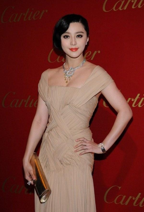 WTFSG-cartier-opens-asian-flagship-boutique-hong-kong-Fan-Bing-Bing