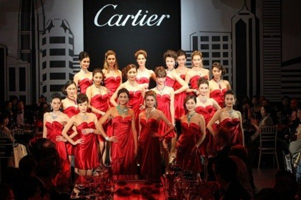 WTFSG-cartier-opens-asian-flagship-boutique-hong-kong-models