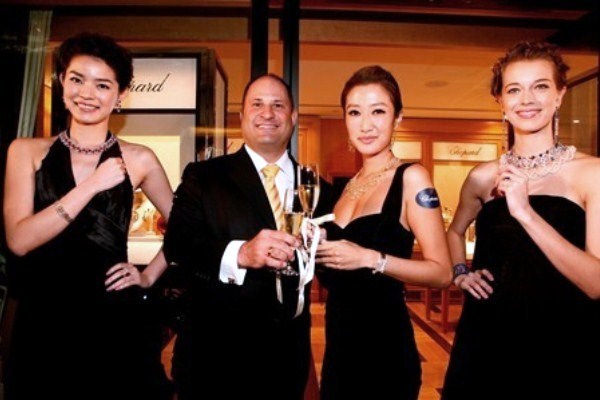 WTFSG-chopard-princes-building-hong-kong-launch-toast